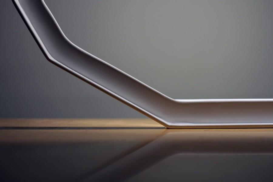 Luminaire Météorite - Détails - LEDS - Objet - cornière métal - blanc - design sur-mesure - Agence MAJOTIK