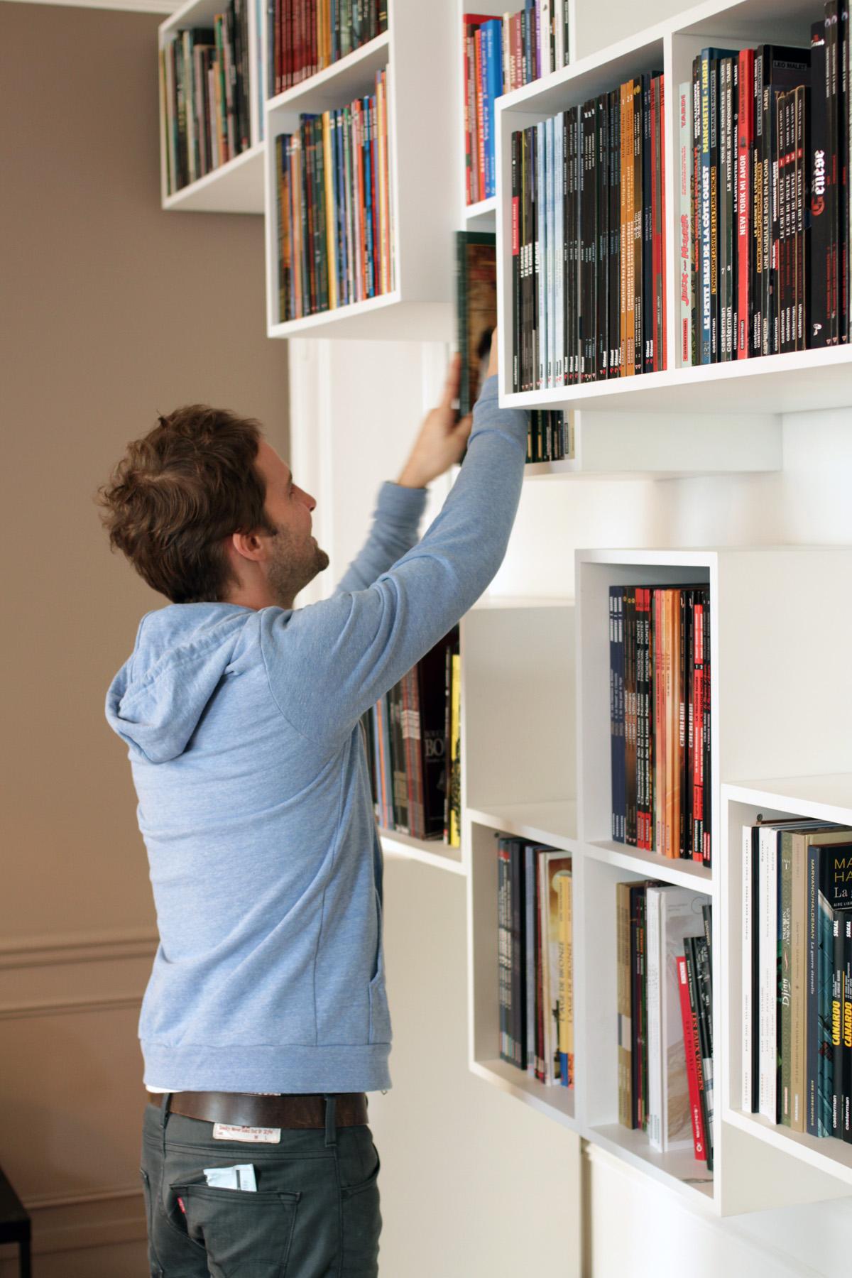 Malo3 bibliothèque Mobilier BD cubes blanc Bandes dessinées design sur-mesure Agence MAJOTIK