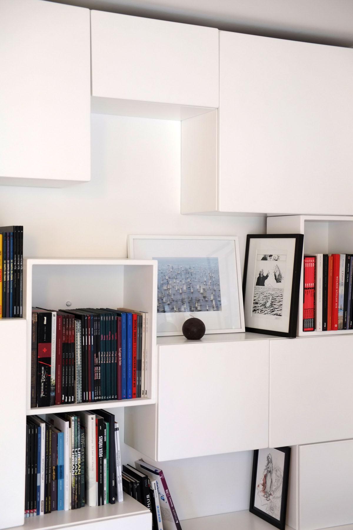 3 bibliotheque Mobilier BD cubes ouverts fermes blanc BD design sur-mesure Agence MAJOTIK