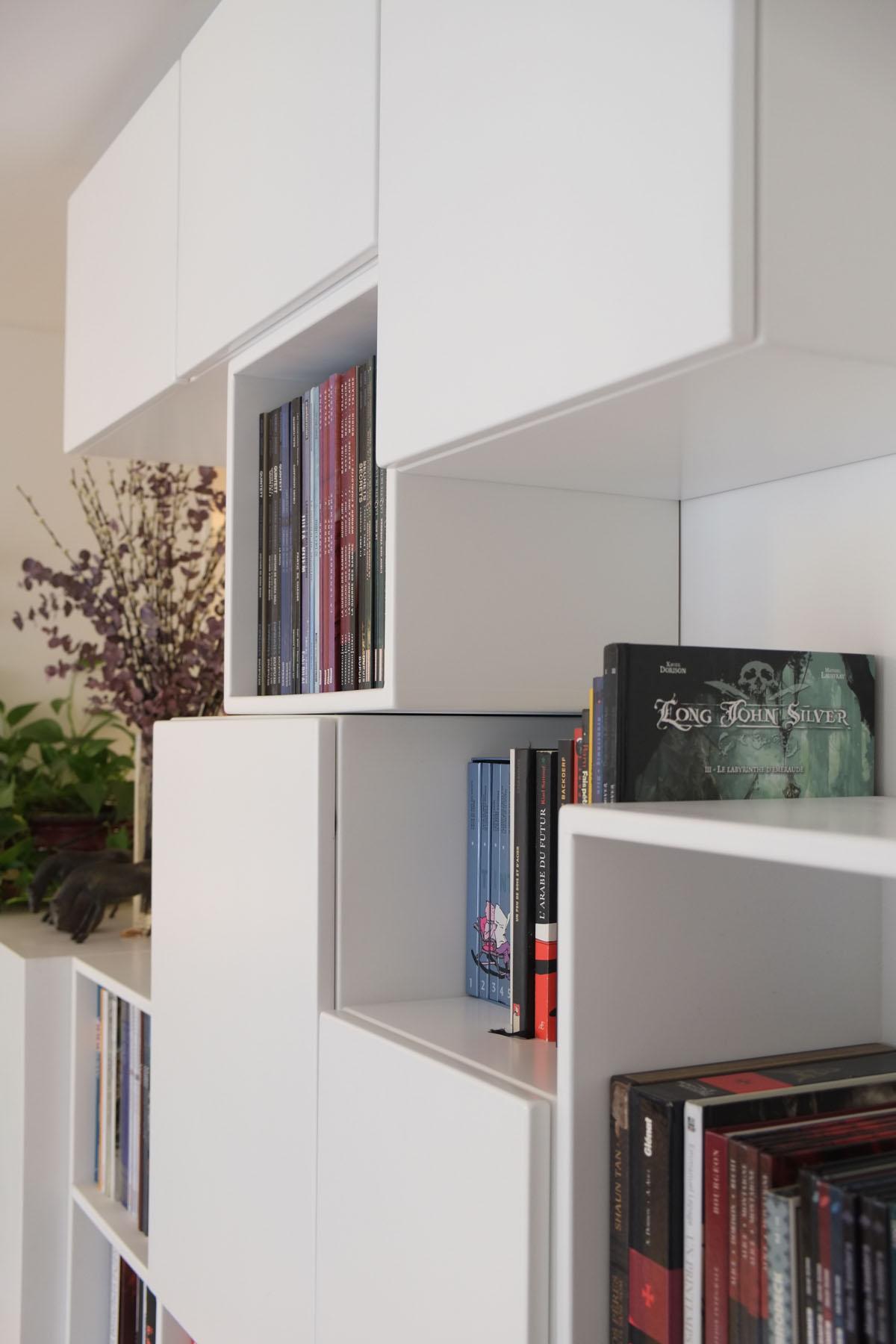 7 bibliotheque Mobilier BD cubes ouverts fermes blanc BD design sur-mesure Agence MAJOTIK