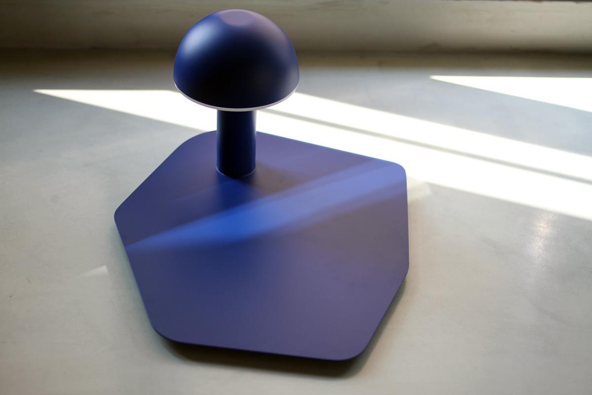 Cul de poule - Luminaire - vide poche - Objet - bol - metal - couleur BLEU - design sur-mesure - Agence MAJOTIK