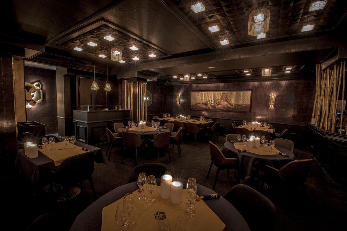 Restaurant Le TIGrr Courchevel bar asiatique salle ambiance bambous or sur-mesure design Agence MAJOTIK